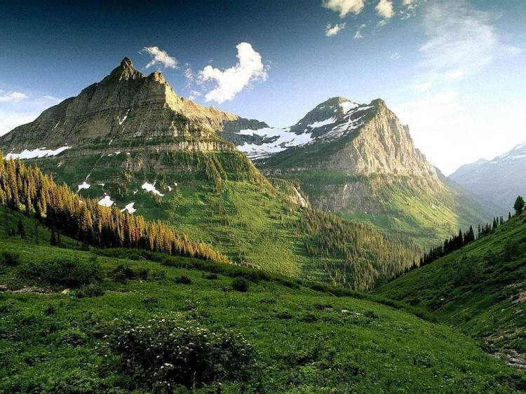 Amazing Mountains View